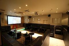 Club 華蓮(カレン) - 名古屋 錦のガールズバー 店舗写真